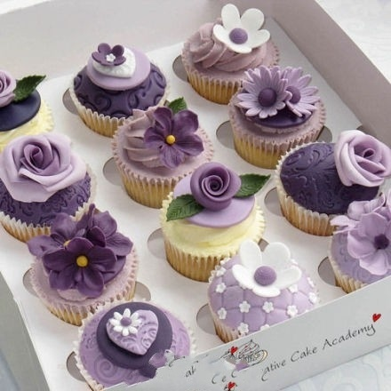 cupcake-decorated in shades of lilac