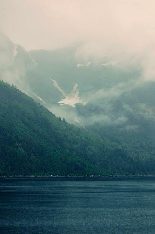 Cerros nublados