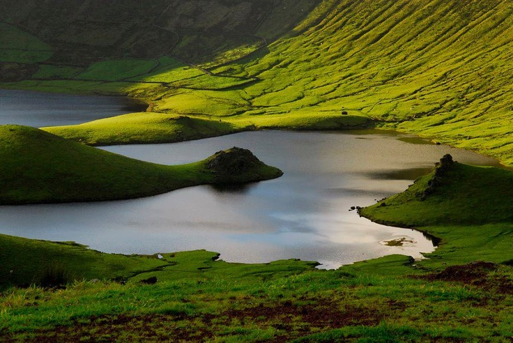 Caldeirãao do Corvo, Azores, Portugal
