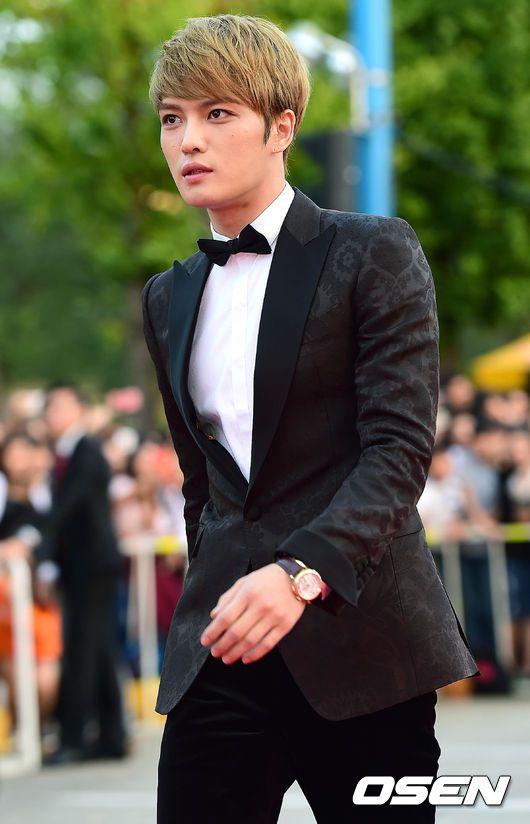 [Video+Fotoğraflar]JYJ'den Kim Jaejoong '2014 Kore Drama Ödülleri'nde 'En Mükemmel Erkek Oyuncu' Ödülünü Aldı!