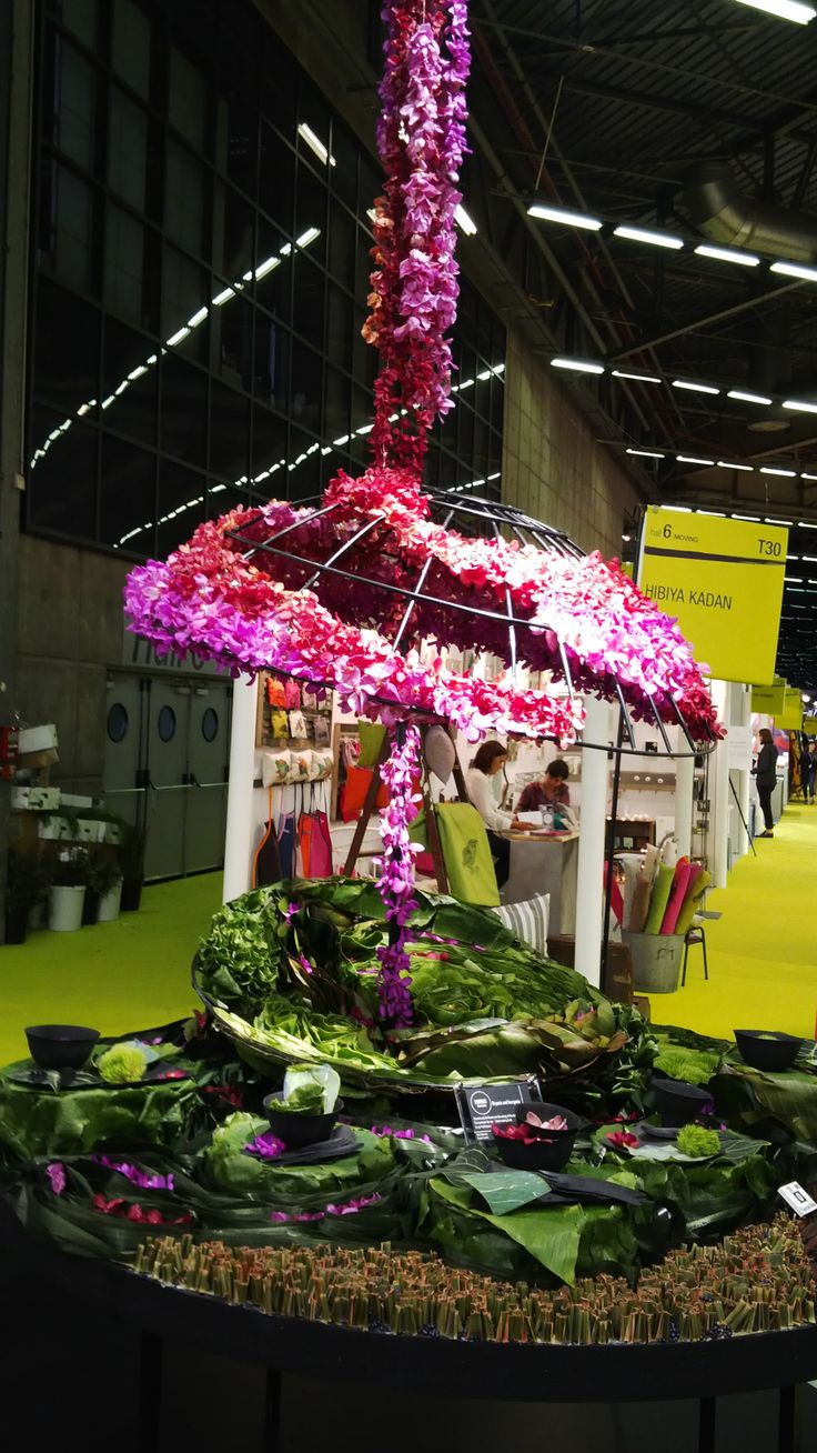 You just can't beat Mother Nature when it comes to colour! Hibiya Kadan Floral Co. [#maisonobjet September 2013]