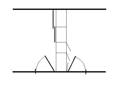 Eksempel på garderobeskap fra golv til tak der halvparten av skapene vender ut i hvert soverom