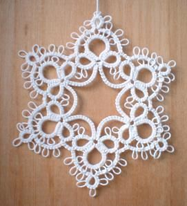 2002 tatted snowflakes by bonimoo, via Flickr
