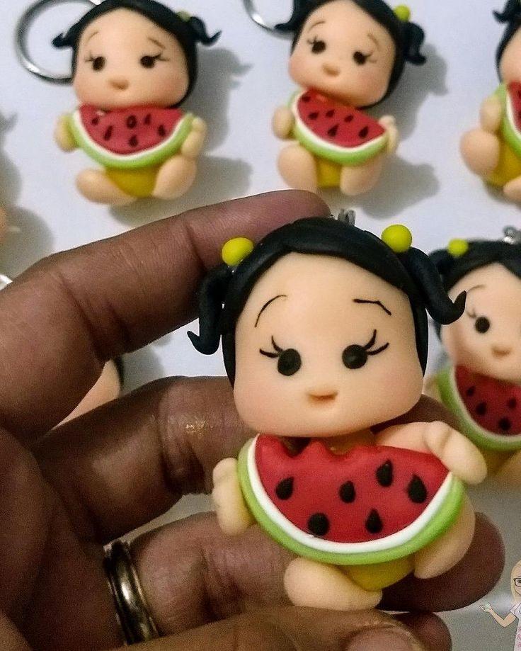 Coisinhas mais pequenininhas..  #Lembrancinhas #Debiscuit #festainfantil #porcelanafría #RafaelleRezendeBiscuit