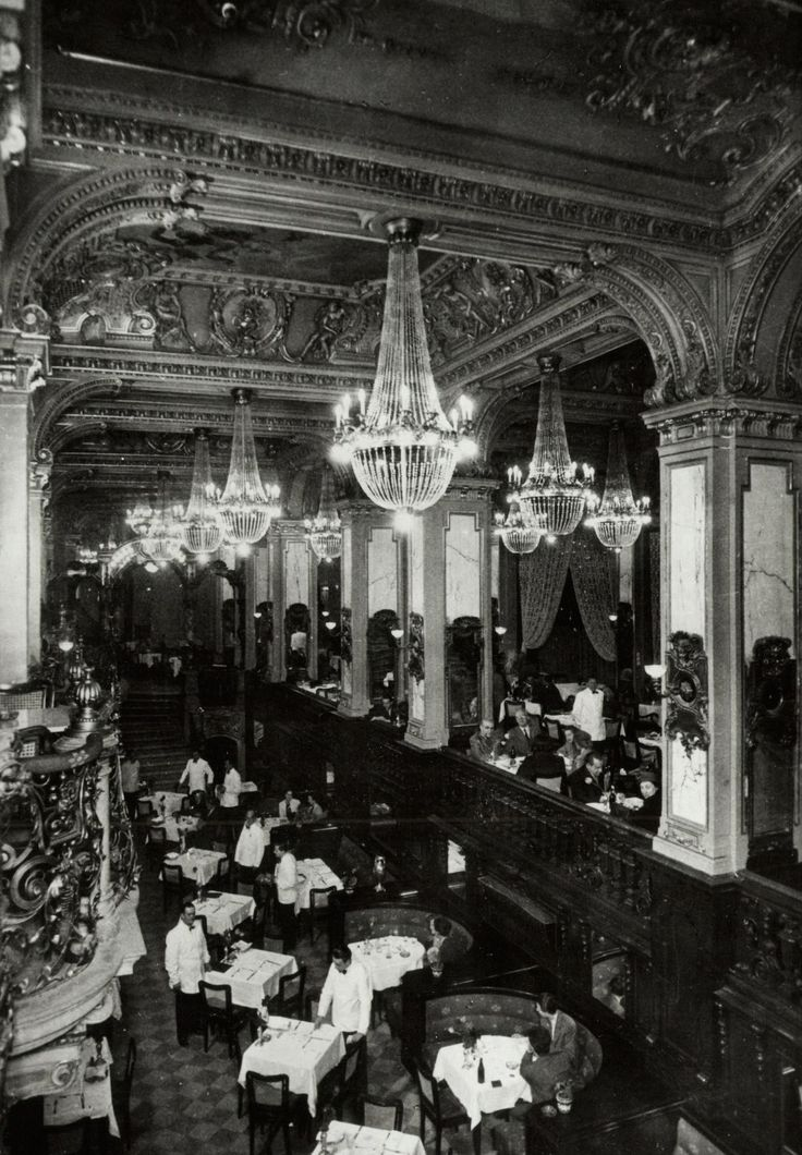 New York Café in the '30s, Budapest, Hungary
