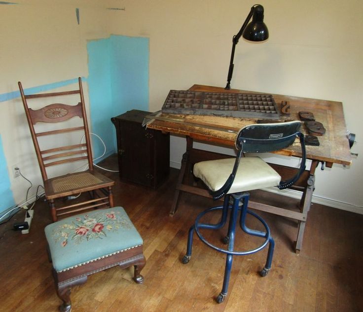 Best 25 Antique drafting table ideas on Pinterest Drafting desk