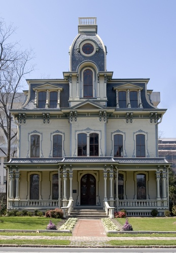 Tourist Attractions: Mansion in Historic Oak District in Raleigh, North Carolina
