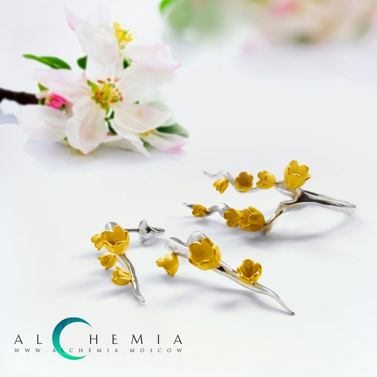 The Spring ring and earrings. Gilded silver. Handmade by Alchemia Jewellery.