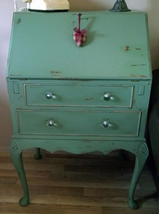 Awesome DIY for refinishing furniture, except i would use the chalk paint. but has step by step pictures for EVERYTHING you need to know!