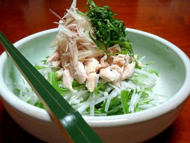 刻み海苔とポン酢をかけて、さっぱりといただきました(^^) 大根、水菜、鶏肉ささみ、大葉、茗荷 - 30件のもぐもぐ - 大根と水菜のシャキシャキサラダ by kzsyk