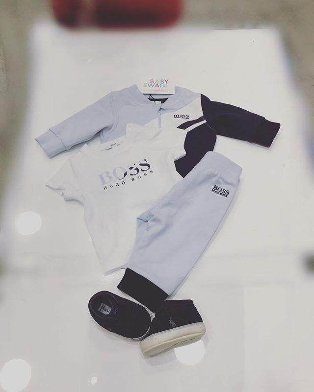 Idée 💡 cadeau 🎁 pack Hugo Boss  3 pièces disponible de la naissance à 18 mois 👦🏼 et petite chaussure Ralph Lauren dans votre boutique 📍99 rue Gabriel Péri 93200 Saint Denis et au 83 avenue Jean Jaurès 75019 Paris ☎️0148417426 Snapchat Babyswagstore #kenzo #boss #ralphlauren #hugoboss #boy #kenzokids #babyboy #babyshower #kidsfashion #fashion #blue #fashionboy #fashionkidsworld #kids #kidsbabylove #babyswag #evedeso #eventdesignsource - posted by Babyswagstore…