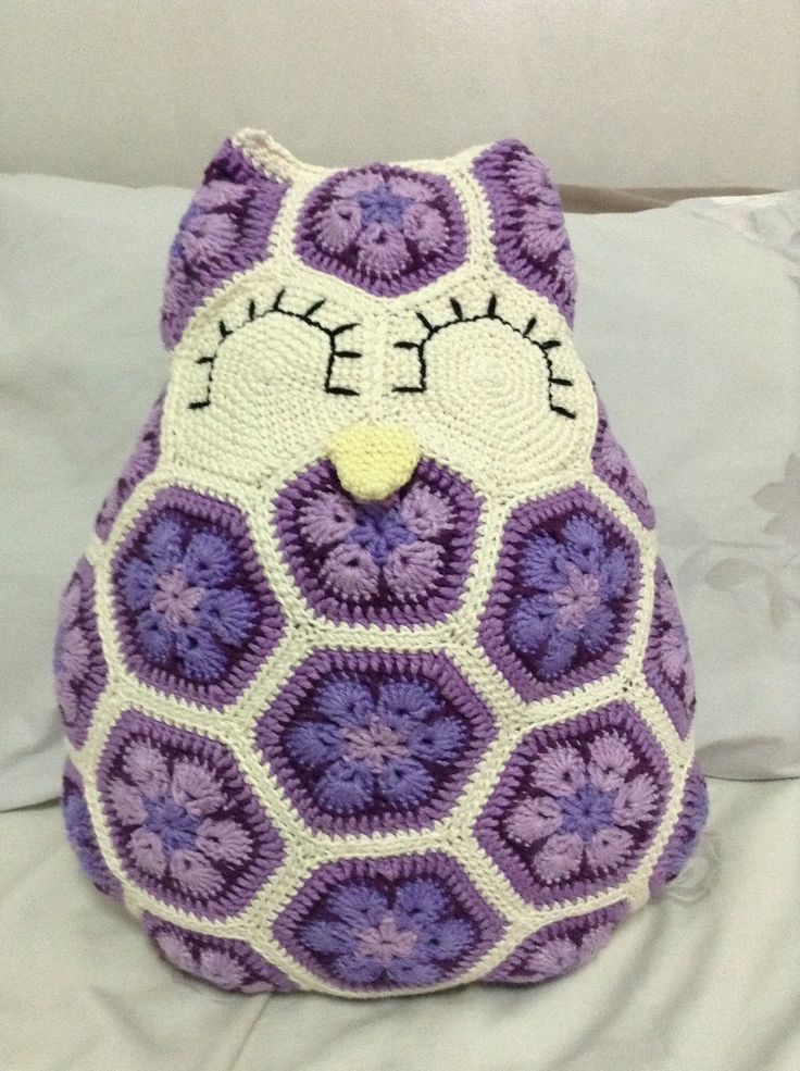 Free Crochet Owl Cushion Pillow Pattern : Maggie the African Flower Owl Pillow CROCHET Pinterest ...