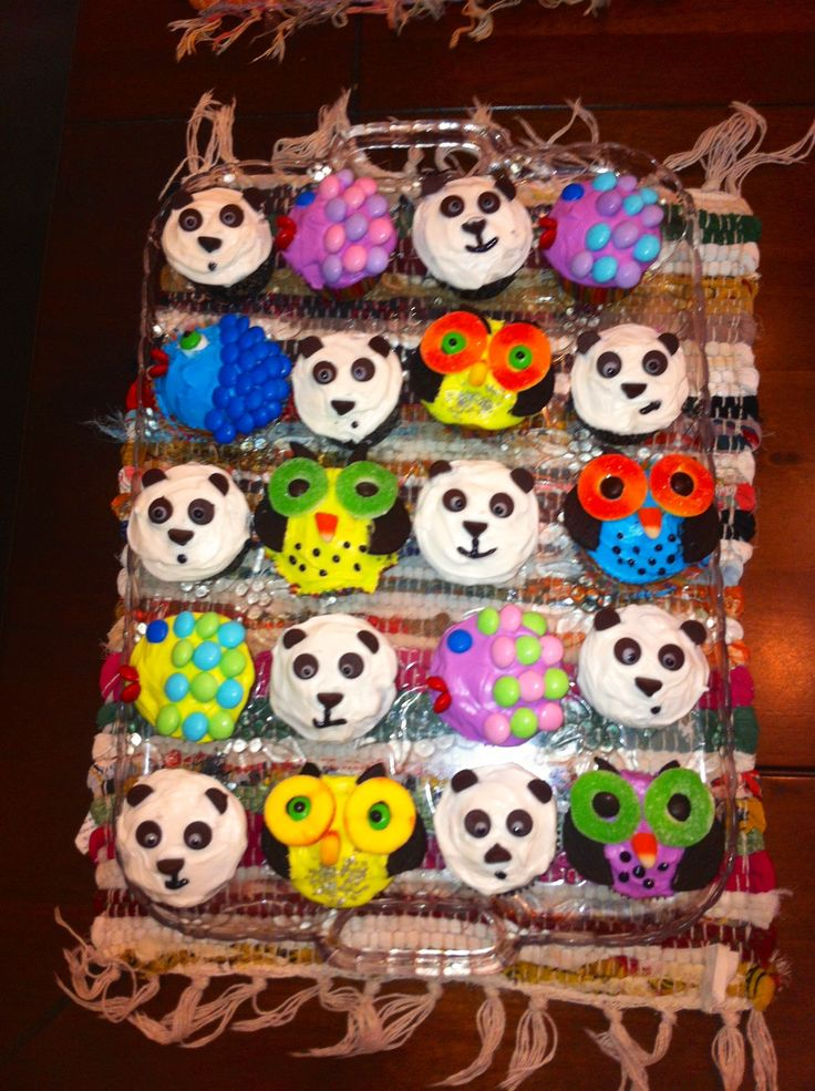 love the pandas! This would be good for a zoo party