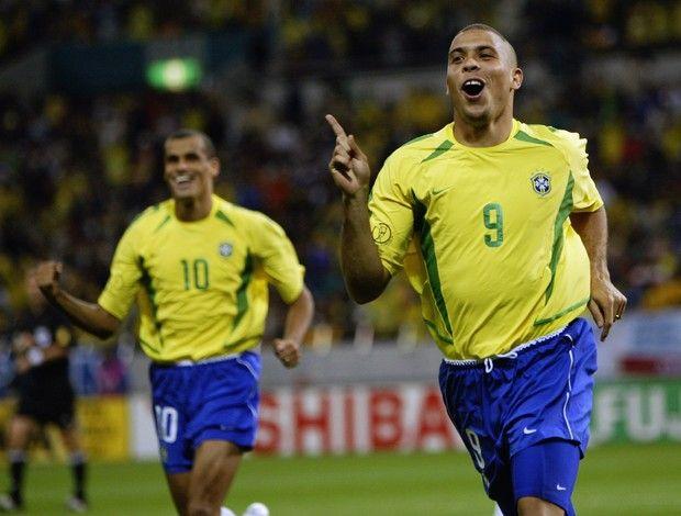 Rivaldo e Ronaldo foram os destaques do Brasil na Copa do Mundo de 2002