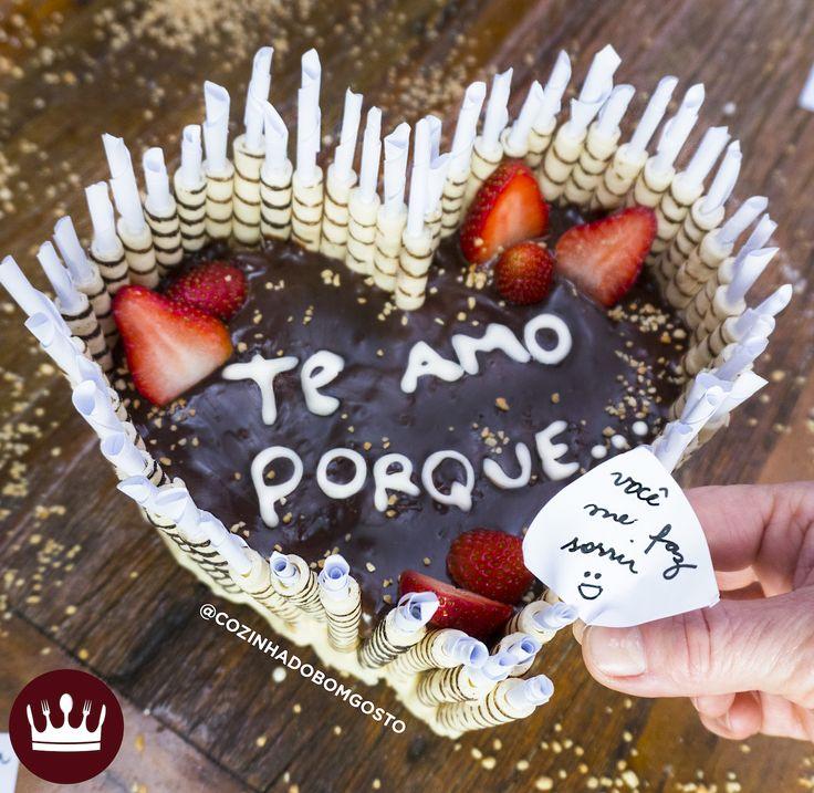 Que tal a nossa 'Torta de Canudinhos com Recados' para o Dia dos Namorados? :)
