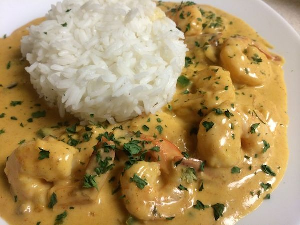 Here is an Étouffée recipe just in time for Mardi Gras and Fat Tuesday from @ACThePlug! There are many variants of étouffée. Although traditionally made with crayfish, this recipe is made with shri...