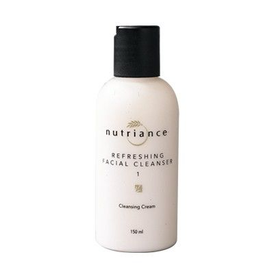 GNLD Refreshing Facial Cleanser 1  (Normál vagy száraz bőrre) Frissítő hatású krém: eltávolítja a sminket, a koszt és a felszíni szennyeződéseket.