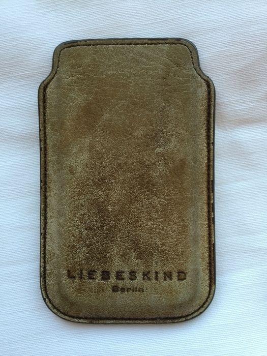 Mein Liebeskind Handyhülle , braun / beige von Liebeskind! Größe  für 9,00 €. Sieh´s dir an: http://www.kleiderkreisel.de/damentaschen/sonstiges/135881538-liebeskind-handyhulle-braun-beige.