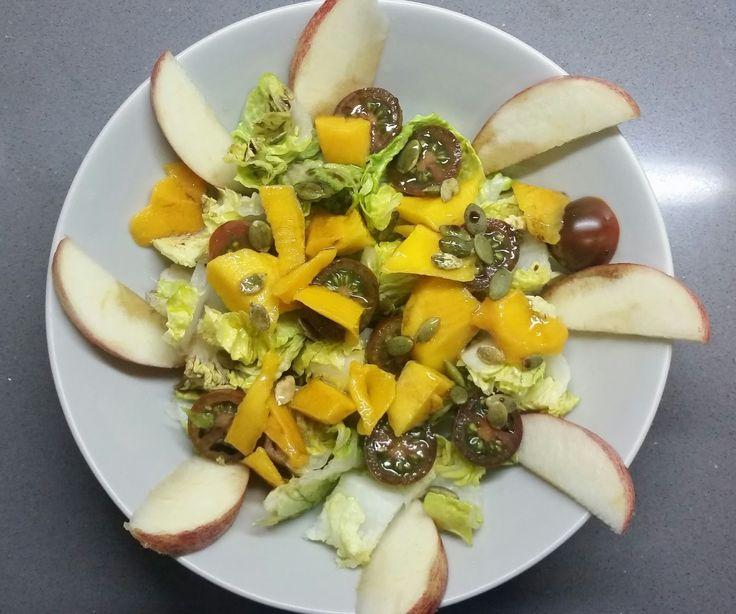 Descubriendo la comida: Ensalada de mango y manzana