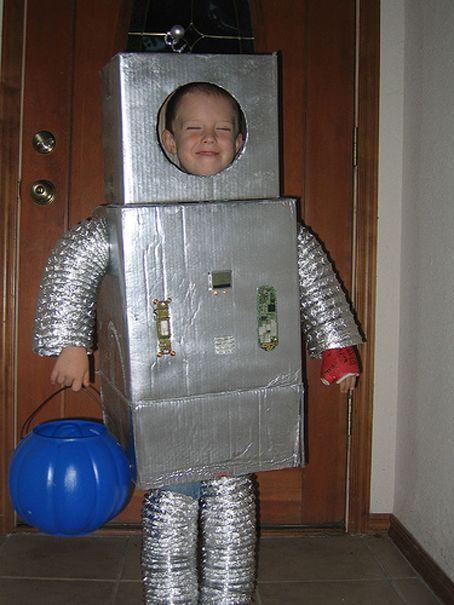 Resultado de imagen para disfraz de robot para niños