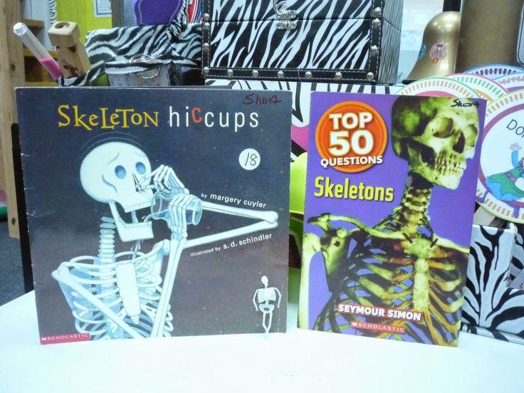 Skeletons and mini plastic skeleton