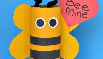 """""""Bee mine"""" – ett toarullepyssel inför Alla hjärtans dag"""