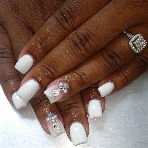 a160b4ea7c32918632f9eb894e8cfbe2 - Traditional Wedding Nails