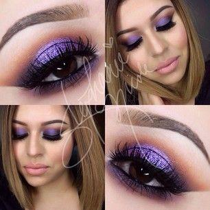 Prachtige Paarse Oogschaduw -- Beautiful Purple Eyeshadow.