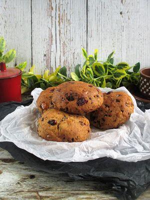 NoCarb aszalt gyümölcsös édes zsömleHozzávalók: 6 db150 gNoCarb vaníliás muffin por4 evőkanál olvasztott kókuszolaj