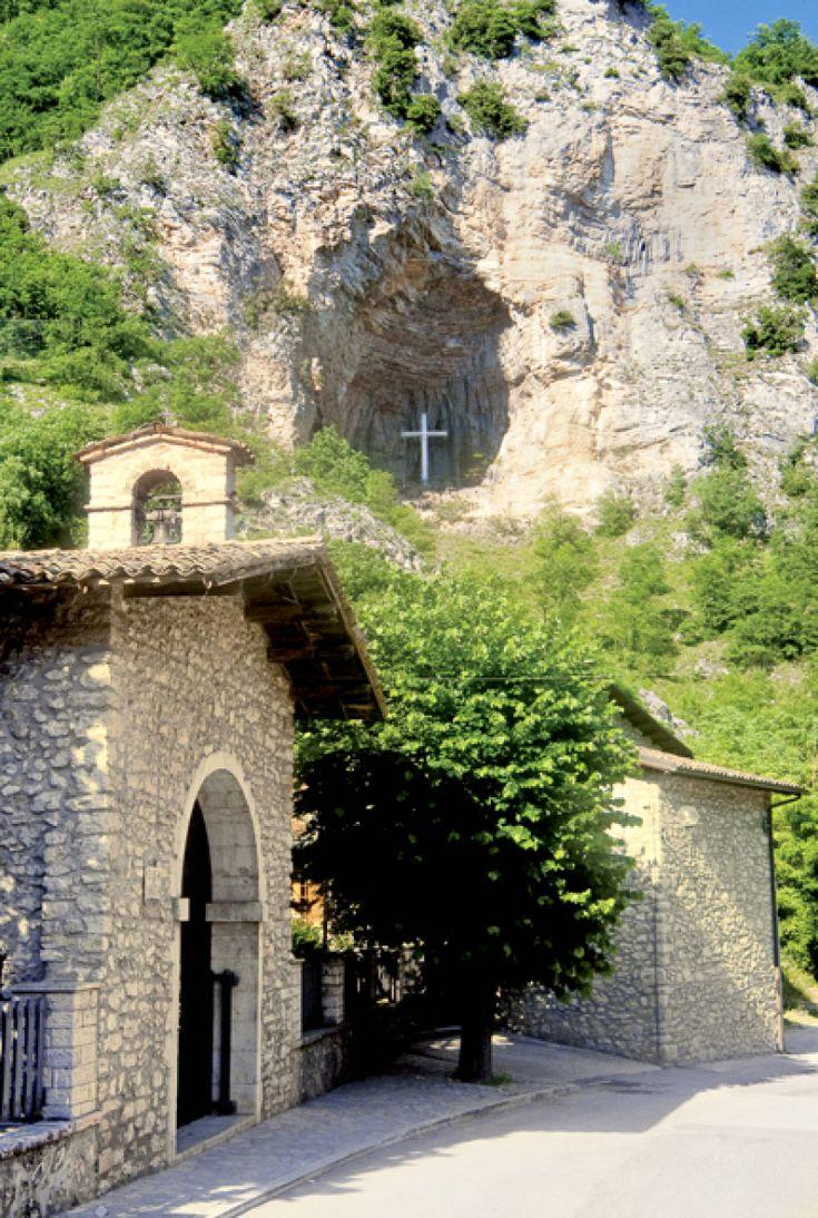 Chiesa di Santa Rita - Casa maritale - Roccaporena - Cascia - Valnerina