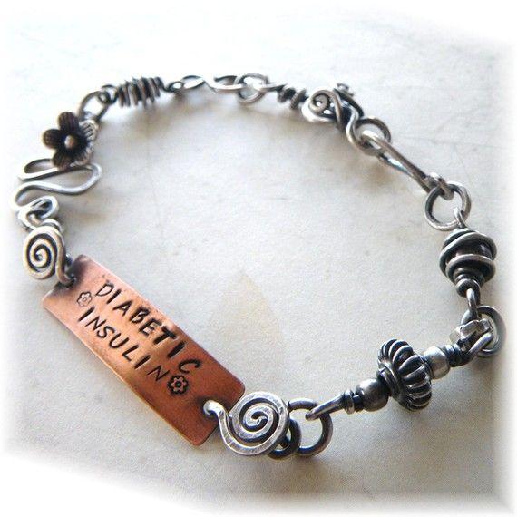 hard to find sterling medical alert bracelet...interesting chain.