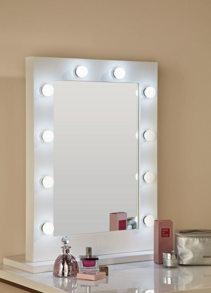 Hollywood Mirror In White Gloss Makeup With Lights Dressing Table