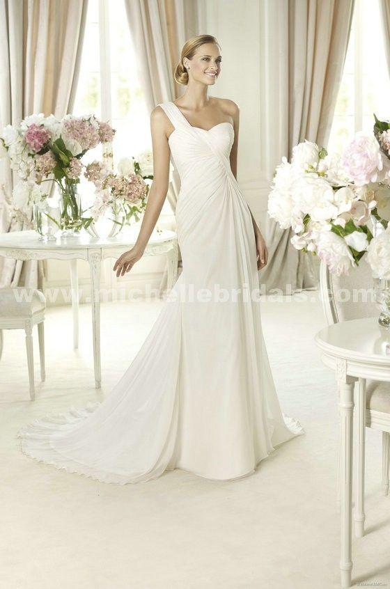 Pronovias Paris  Wedding Dress on Sale 66% Off