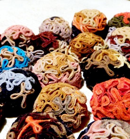 Brose Flower (25 LEI la handmademylove.breslo.ro)