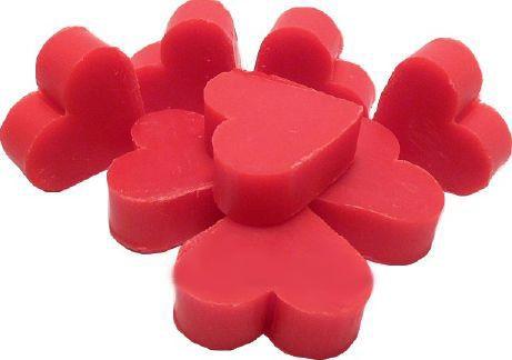 ♡°*°♡ Nouveauté !!! ♡°*°♡  Découvrez ce joli petit savon en forme de cœur, au parfum de Framboise. Un parfum parfait sucré, doux et relaxant ! Miam !
