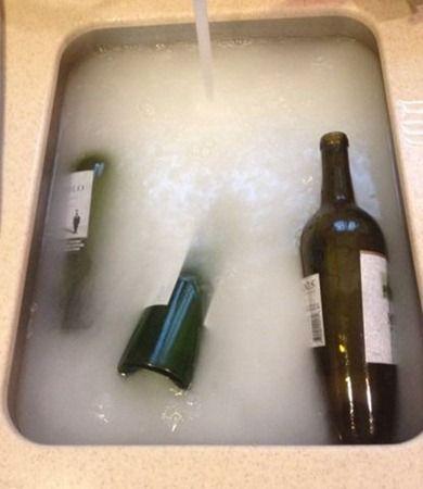 quitar etiquetas de botellas