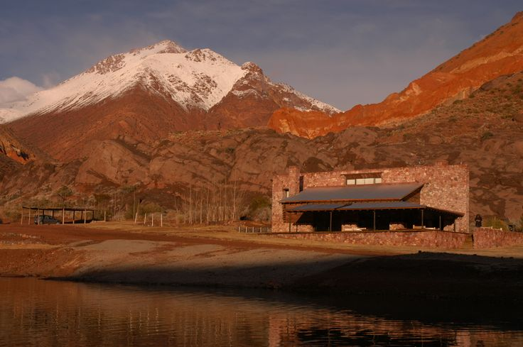 Arquitectura - Paisajismo - Ricardo Pereyra Iraola - Mendoza -Uspallata - Patagonia - Laguna - Casa