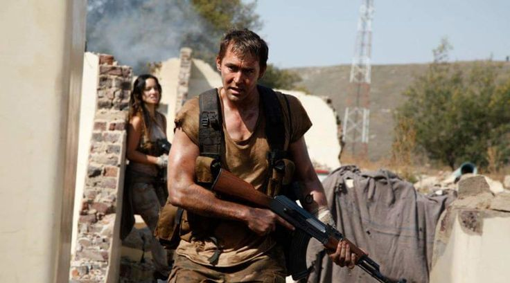 ZerchooScience Fiction-Lee Pace leads the charge against alien invaders in trailer for Revolt