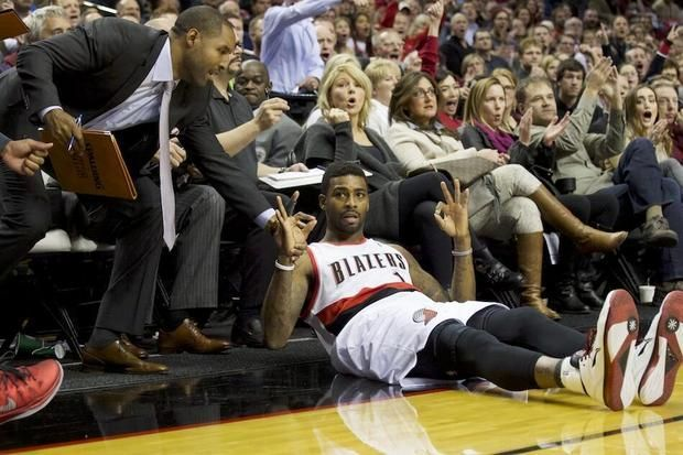 That's six, Dorell Wright, but the Trail Blazers actually have now won 11 in a row.