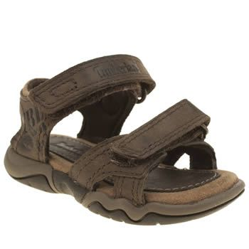 Timberland Brown Oak Bluffs Boys Toddler Timberland kit out kids who get into everything and anything they need a sandal to keep up with them. The Oak Bluffs for toddlers is perfect. The brown leather style features double hook-and-loop fas http://www.MightGet.com/january-2017-13/timberland-brown-oak-bluffs-boys-toddler.asp