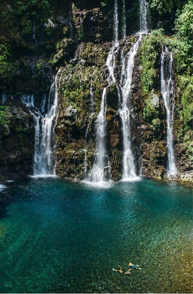 Cascade Grand Galet - Location de voiture pas cher à La Réunion Venez profitez de la Réunion !! www.airbnb.fr/c/jeremyj1489