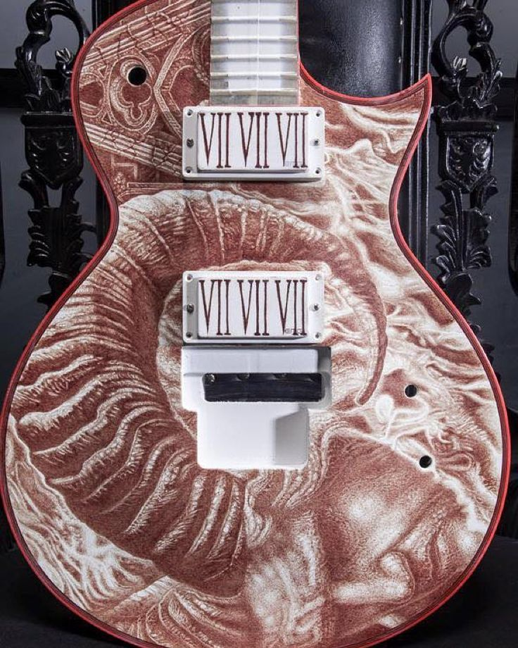 Love this. Vincent Castiglia recently worked with Gary Holt (Slayer Exodus) to create this custom painted Gary Holt Signature ESP guitar. 18 vials of blood were collected from the guitarist and all were used by Castiglia to paint this piece. See more here: @vincent_castiglia Photo by @nathanielshannon #espguitars #garyholt #slayer #exodus #vincentcastiglia #bloodpainting #originalart #supportart by creepmachine