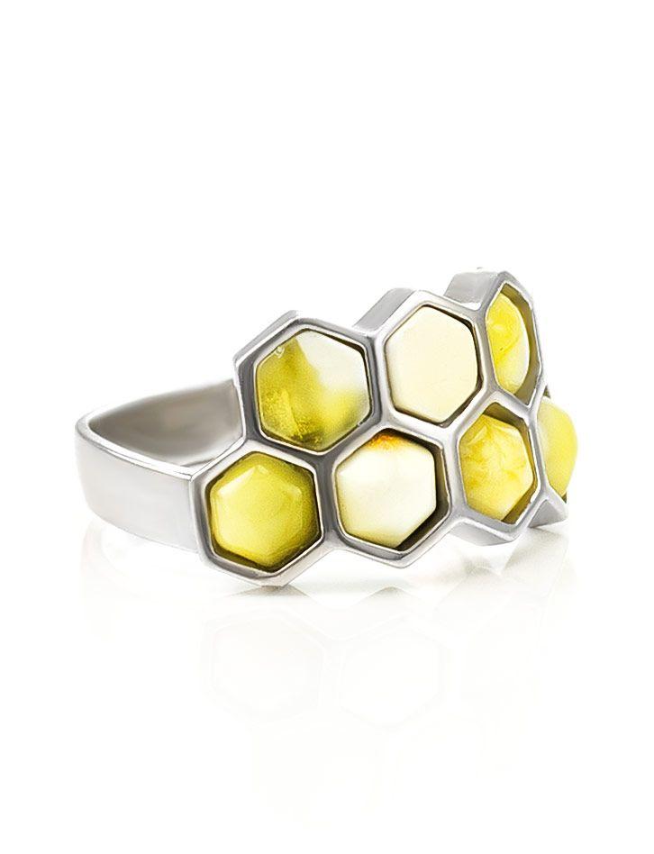 From Russia. A Baltic butterscotch honeycomb design ring. фото Очаровательное кольцо «Винни Пух» из серебра и медового янтаря