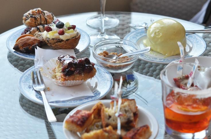 Ischia : sant angelo pastry shop (luxirare)