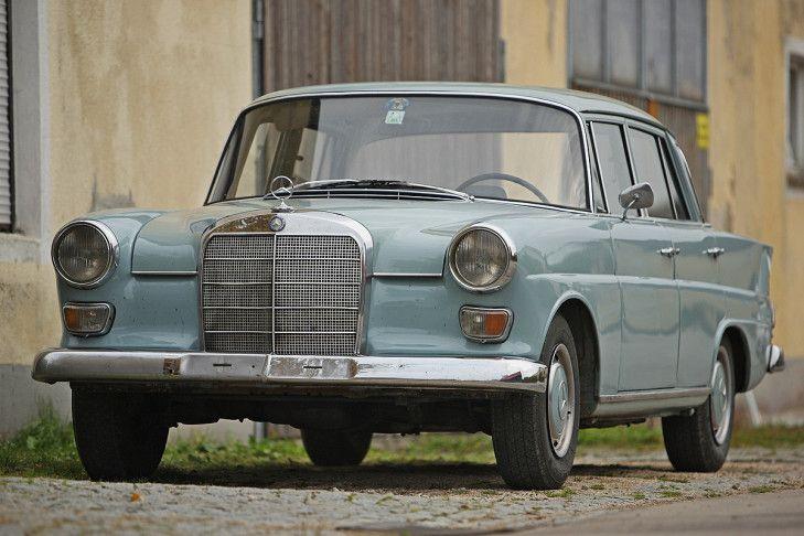 Mercedes-Benz 200 D W 110 - Bilder - autobild.de