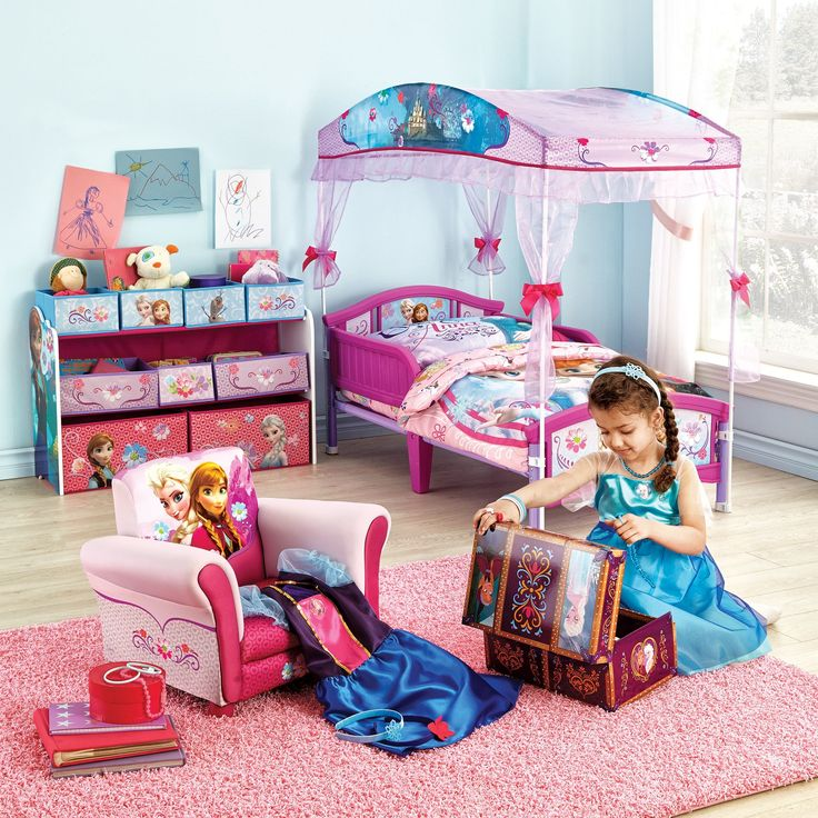 Disney Frozen™ Toddler Canopy Bed -- what little girl doesn't like frozen - Best 25+ Toddler Canopy Bed Ideas On Pinterest Small Toddler