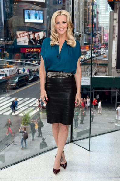 Jenny McCarthy visits 'Extra' at their New York studios at H&M in Times Square on September 16, 2014 in New York City
