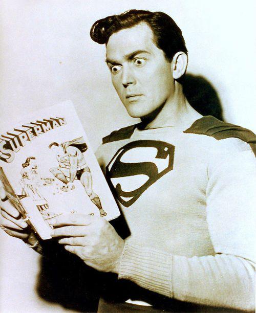 1940's serial Superman Kirk Alyn reads his favorite comic~♛