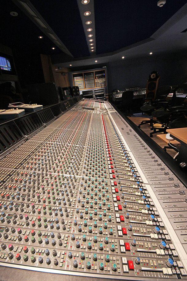 Knobs, so many knobs - Abbey Road Studios