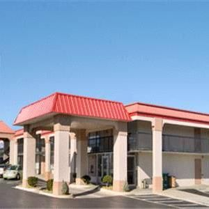Super 8 Motel Oklahoma Fairgrounds Nw: 2821 NW 39TH STREET,OKLAHOMA CITY,OK,73112 #Hotels #CheapHotels #CheapHotel